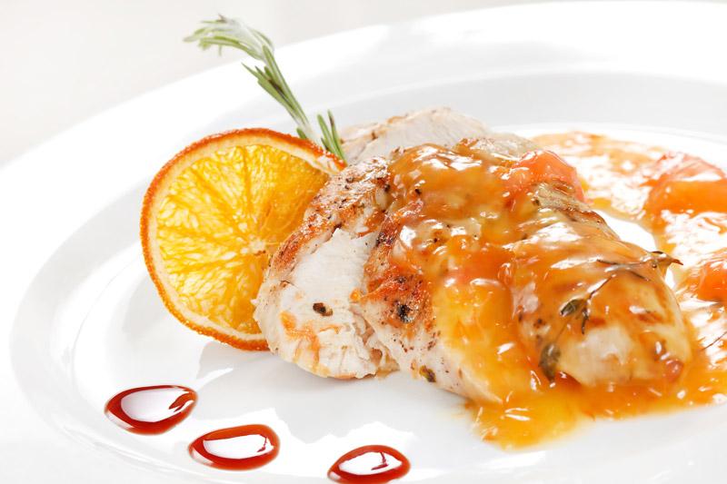 Пангасиус в апельсиновом соусе